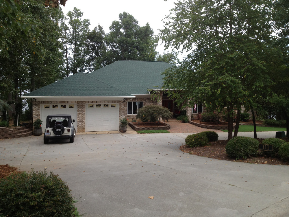 Roofing Services in Huntersville, North Carolina
