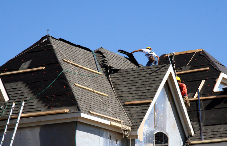Clues to Help You Spot a High-Quality Roofing Contractor